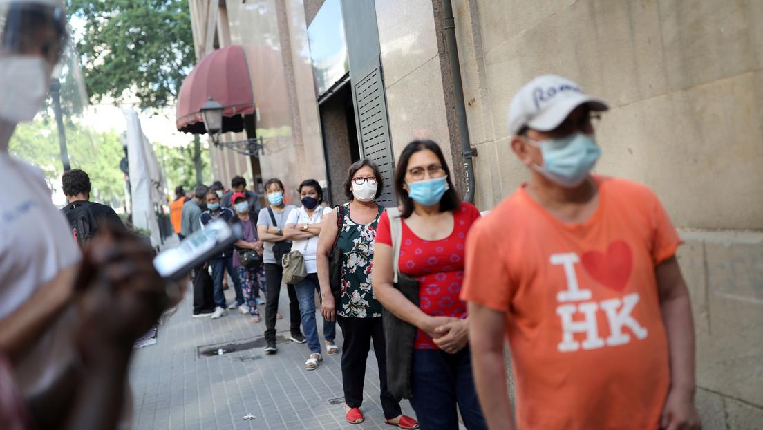 """""""A partir de la pandemia, todo ha empeorado"""": El declive económico de España se refleja en las crecientes 'colas del hambre'"""