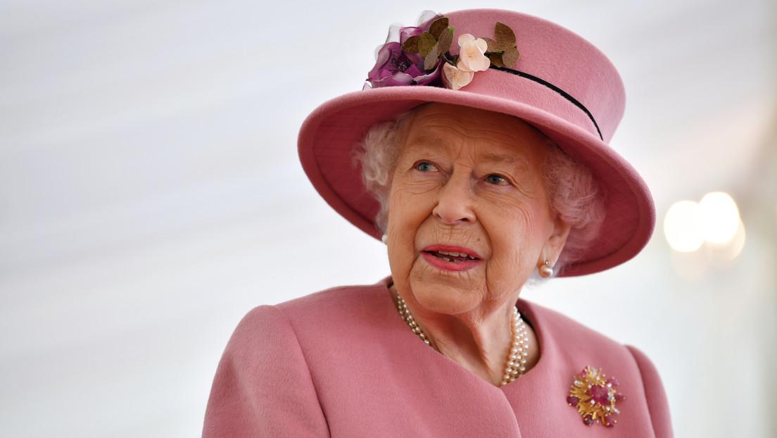 La reina Isabel II busca un nuevo asistente personal para el palacio de Buckingham y estos son los requisitos