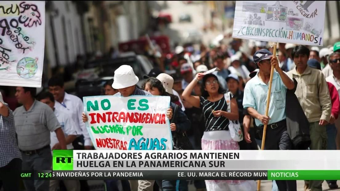 Agricultores de Perú mantienen el bloqueo de la ruta Panamericana Sur
