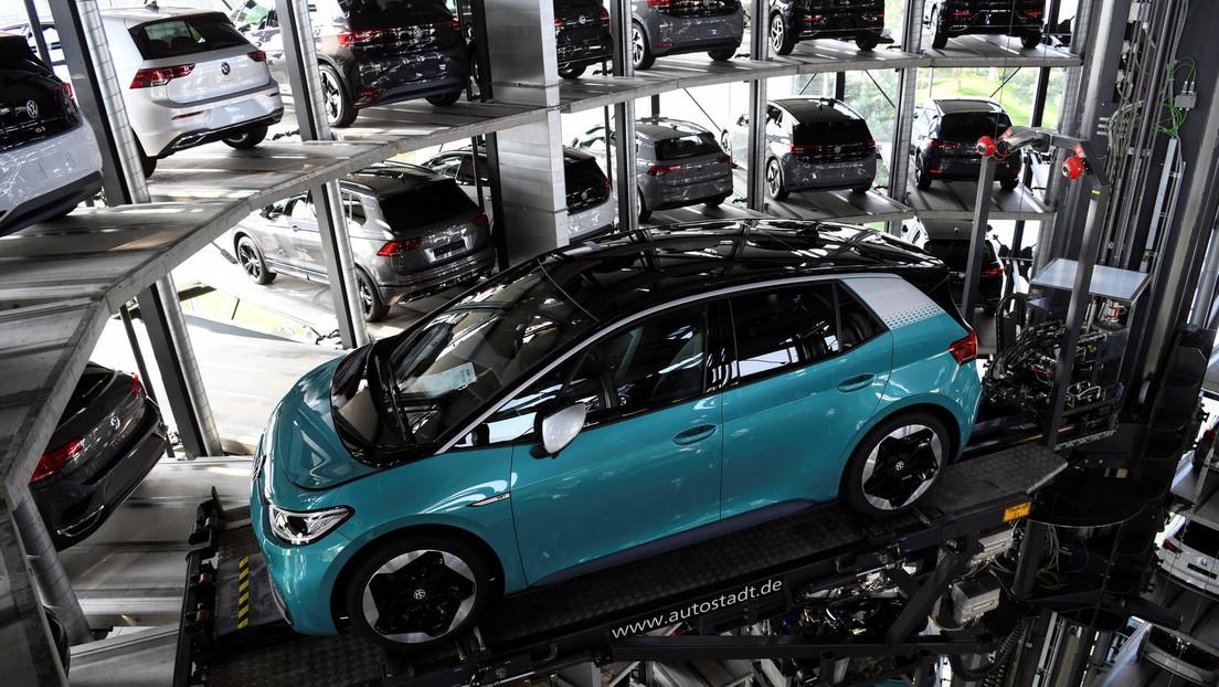 Japón podría prohibir la venta de autos impulsados por combustibles fósiles en los próximos 15 años