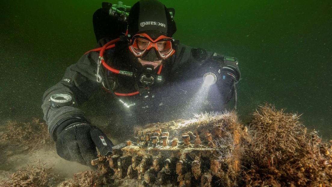 Hallan en el lecho marino del Báltico una maquina de cifrado nazi Enigma (FOTOS)