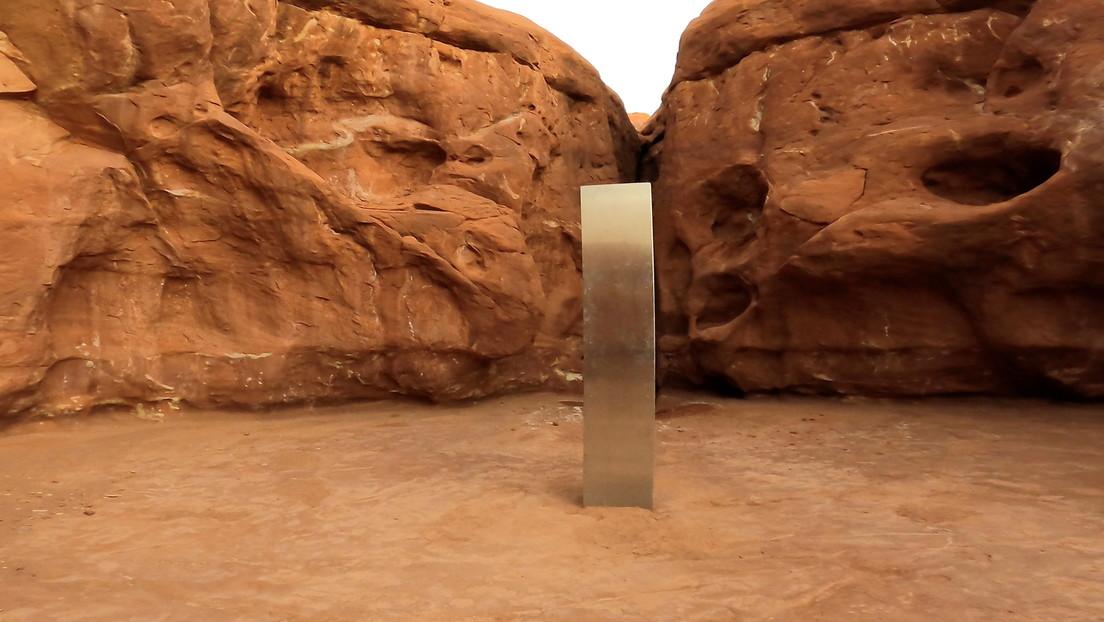 ¿Misterio resuelto? Un colectivo artístico se atribuye el mérito de los monolitos metálicos y ofrece hacer más por 45.000 dólares