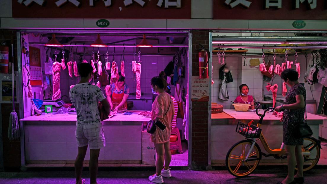 Un diario chino sugiere que el covid-19 se introdujo en el país asiático a través de carne importada