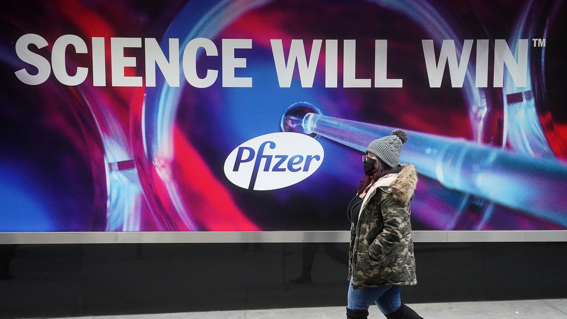 Pfizer podría no ser capaz de vender más dosis de su vacuna a EE.UU. hasta junio por compromisos con otros países