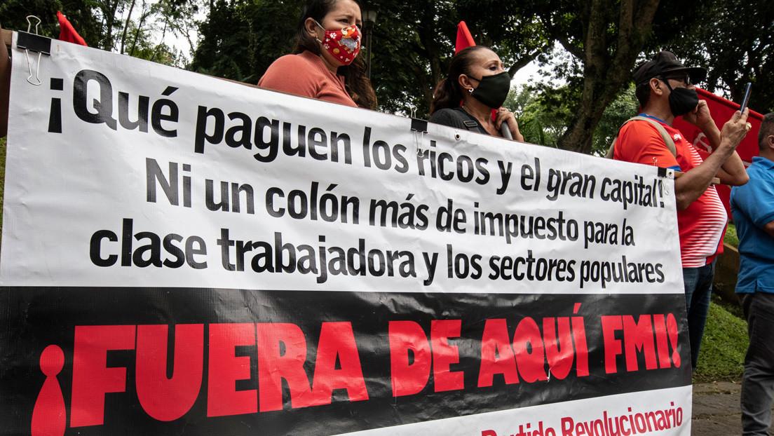 Costa Rica insiste en un acuerdo con el FMI pese a las protestas y el anuncio provoca la renuncia de una ministra