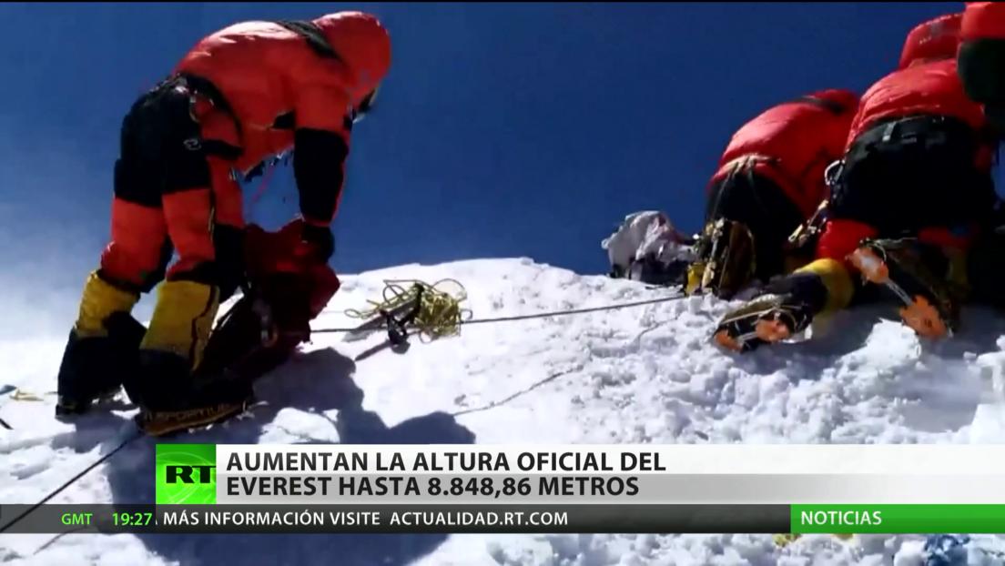 Aumentan la altura oficial del Everest hasta los 8.848,86 metros