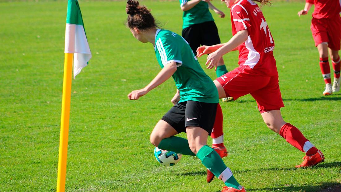 Un club chino de fútbol femenino pierde un partido porque una de sus jugadoras no tenía el pelo suficientemente negro