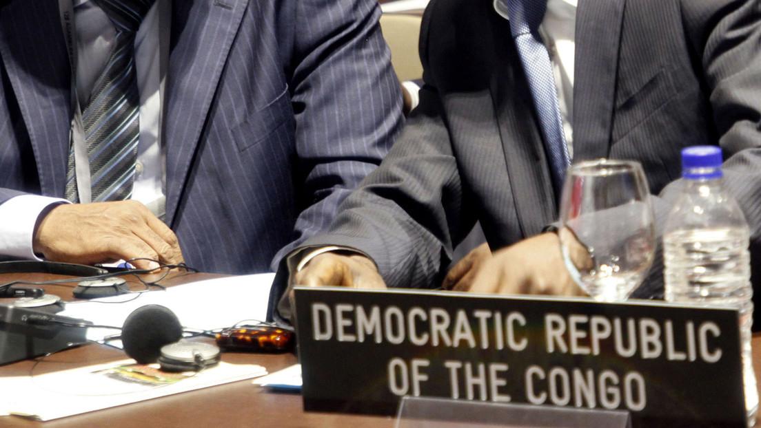 VIDEO: Diputados del Parlamento congoleño discuten a puñetazos y sillazos tras la disolución de la cámara