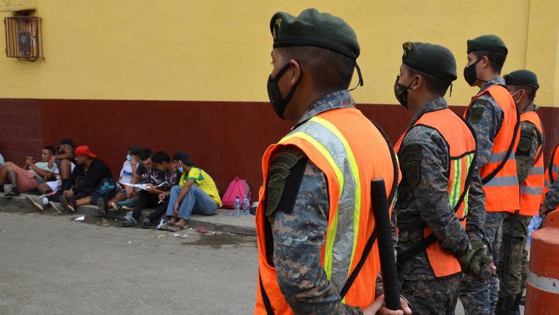 Autoridades de Guatemala informan que nueva caravana de migrantes hondureños se disolvió antes de llegar a su territorio