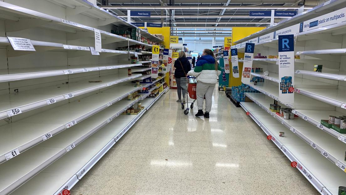 Instan a los supermercados de Reino Unido a abastecerse de alimentos por temor a un Brexit sin acuerdo