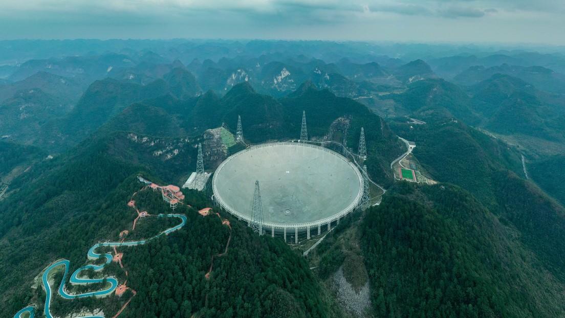 El radiotelescopio más grande del mundo atrae hacia China a científicos extranjeros tras el colapso del de Arecibo