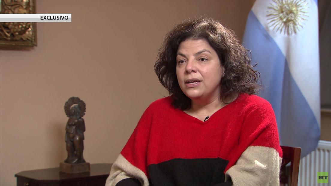 La secretaria de Acceso a la Salud de Argentina, Carla Vizzotti, habla con RT sobre la llegada a su país de la vacuna rusa Sputnik V
