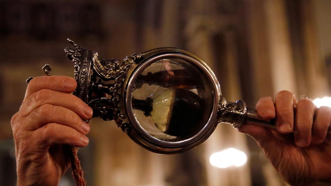 La sangre de un santo italiano no se licúa y muchos lo consideran el presagio de un desastre inminente