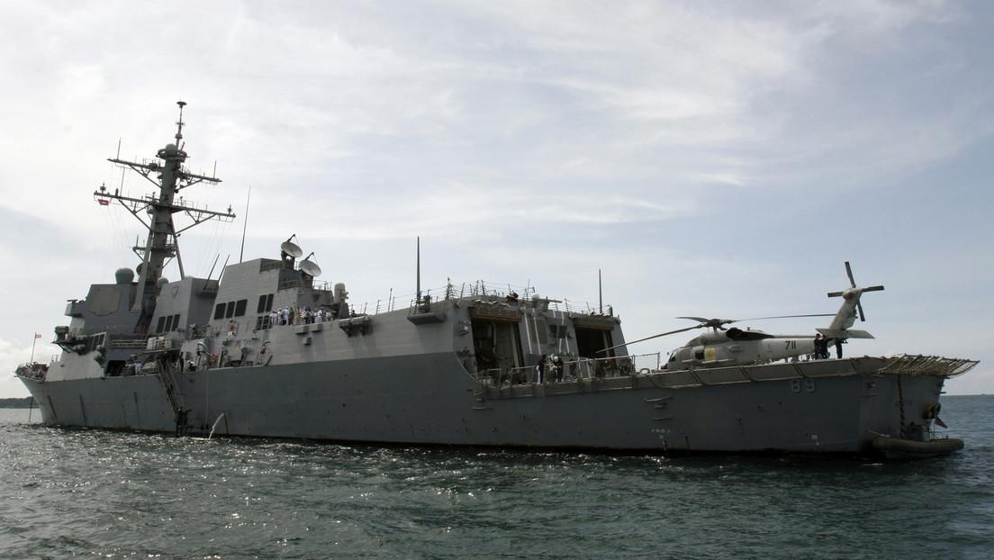"""China monitorea el paso de un buque de guerra de EE.UU. por el estrecho de Taiwán y acusa a Washington de lanzar """"miradas coquetas"""" a independentistas"""