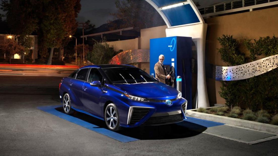 El presidente de Toyota asegura que los vehículos eléctricos están sobrevalorados y explica por qué