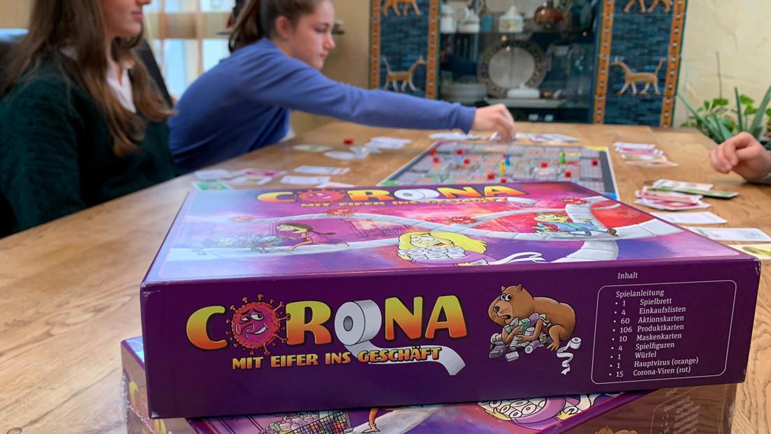 Cuatro hermanas crean un juego de mesa inspirado en la pandemia del covid-19 y su invento arrasa en Alemania