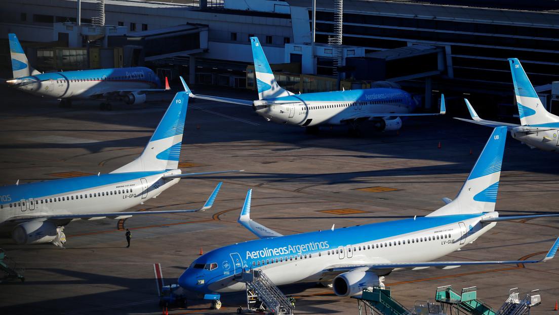 Despega de Buenos Aires el avión que traerá a Argentina el primer lote de la vacuna rusa Sputnik V