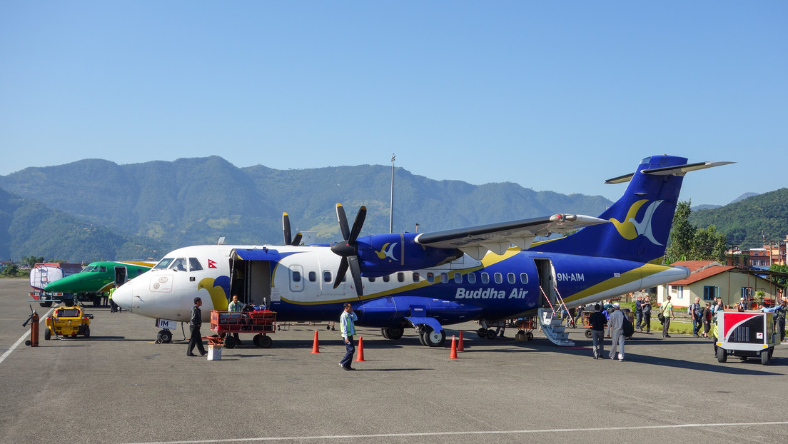 Un avión comercial vuela en la dirección equivocada y deja a los pasajeros a 255 km de su destino