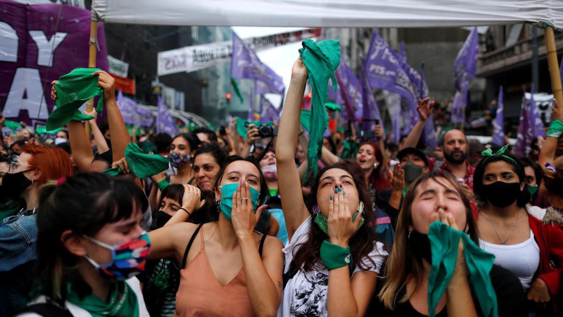 Derechos humanos, duelos populares y feminismos: Argentina y esa manía de hacer historia