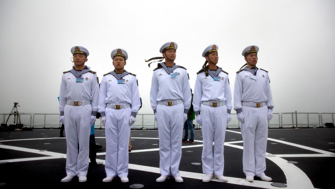 """""""Ritmo récord"""": el segundo portahelicópteros chino del tipo 075 inicia sus primeras pruebas de mar"""