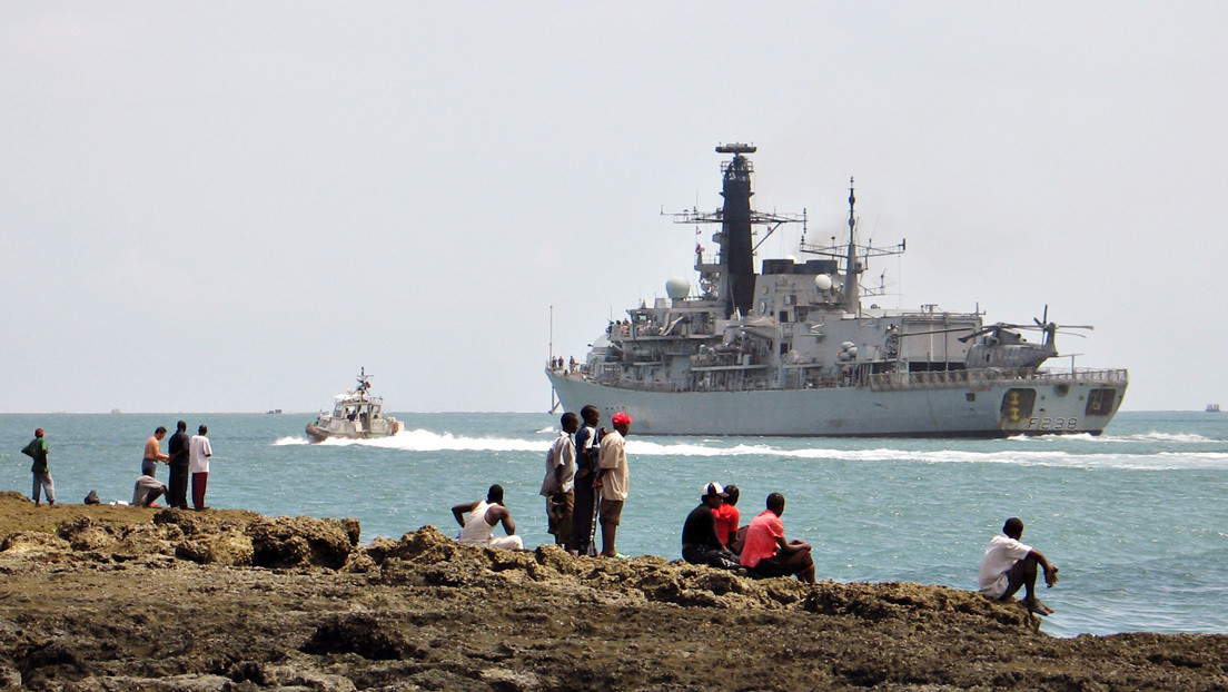 Un buque británico antisubmarinos regresa a puerto tras detectarse a bordo un brote de covid-19