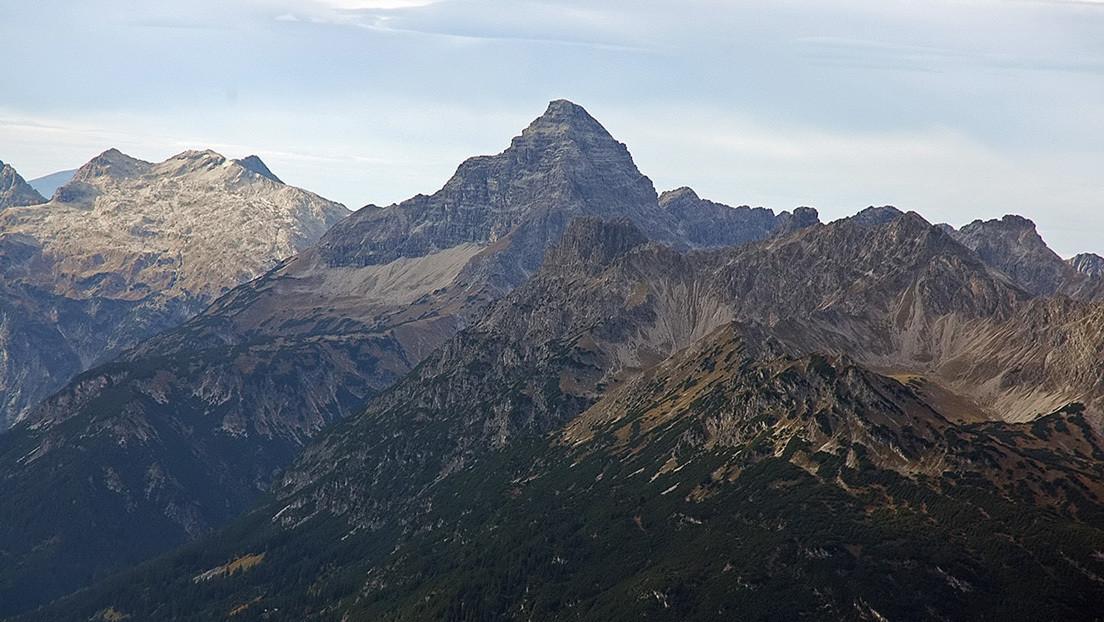 Una montaña agrietada en los Alpes podría desmoronarse en cualquier momento