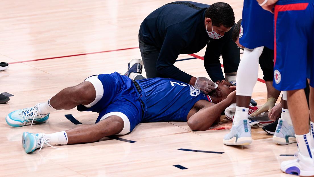 """""""Aterrador"""": Estrella de la NBA recibe un codazo en la boca y le tienen que cerrar el corte con 8 puntos de sutura (VIDEOS)"""