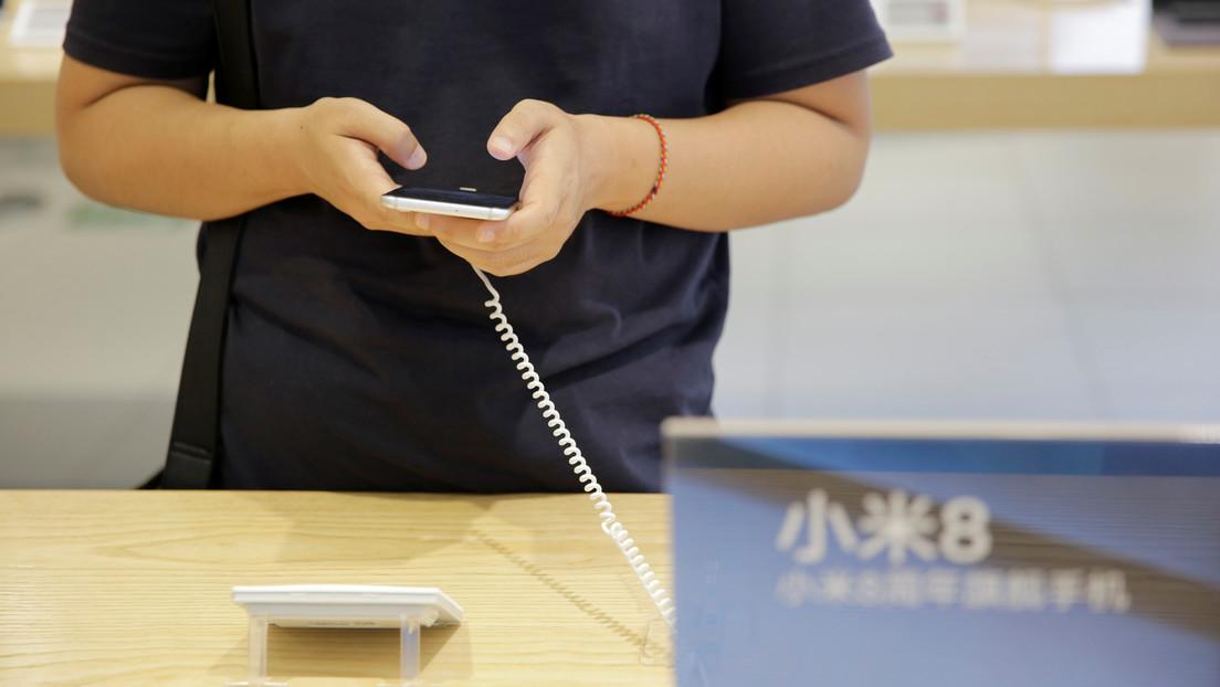 """Xiaomi venderá su Mi 11 sin cargador para """"proteger el medioambiente"""", tras haber troleado a Apple por la misma decisión"""