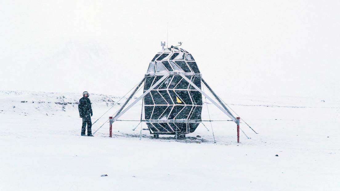 Instalan en Groenlandia una 'casa' plegable diseñada para misiones a la Luna, pasan 2 meses allí sin Internet, ni móviles y cuentan su experiencia