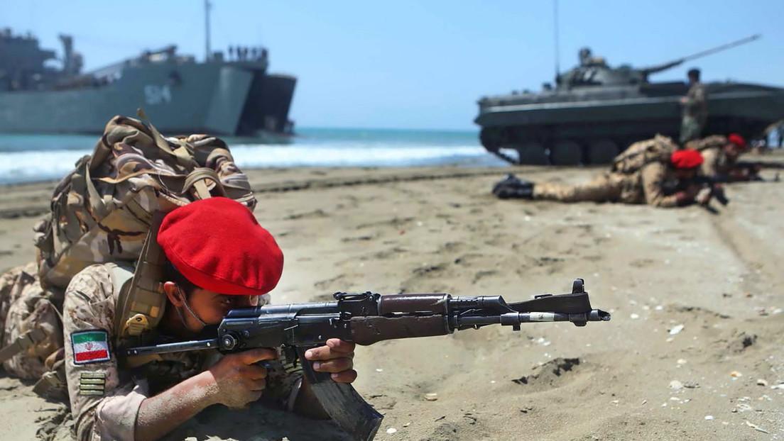 """Irán advierte a Israel de que no cruce las """"líneas rojas"""" tras los reportes de despliegue de un submarino en el golfo Pérsico"""