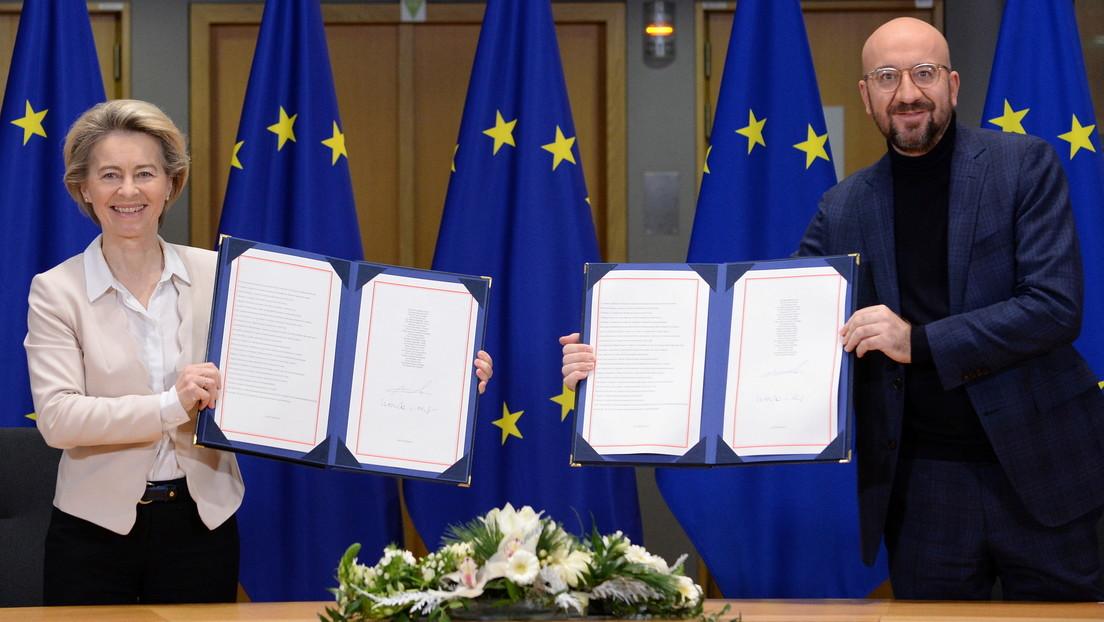 La UE y el Reino Unido firman su acuerdo comercial para regular su relación tras el Brexit