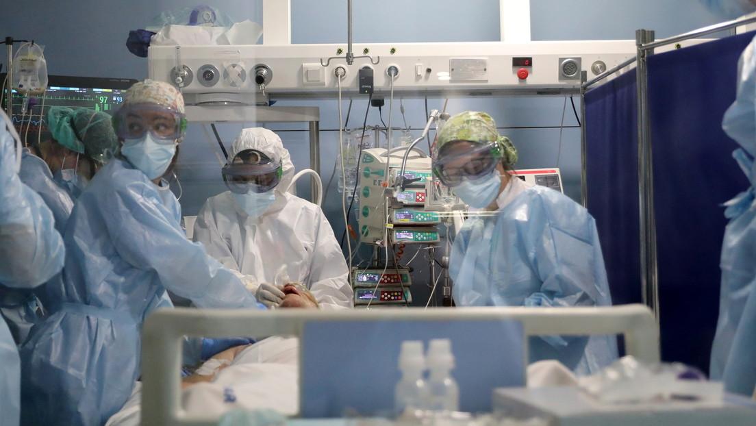 Médicos españoles explican la baja oxigenación de la sangre sin disnea, asociada con el coronavirus