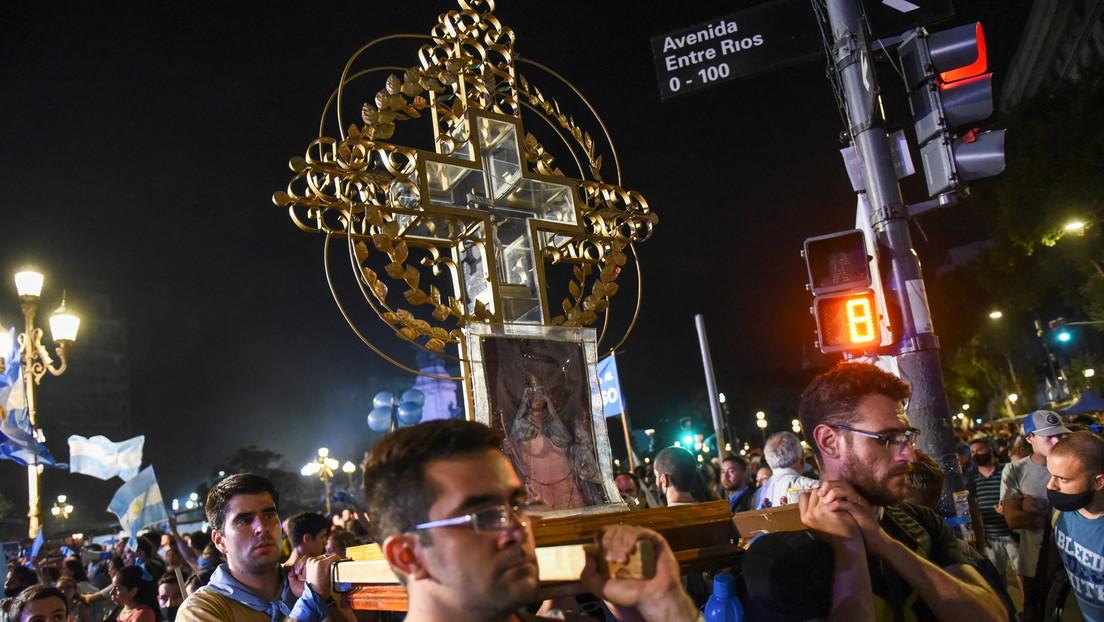 """La cúpula de la Iglesia católica argentina rechaza la legalización del aborto y dice que """"ahondará aún más las diferencias"""""""