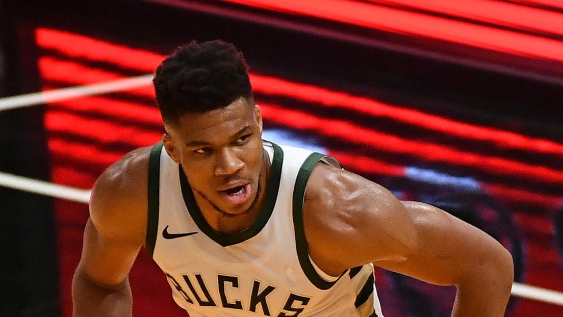 Los Bucks de Milwaukee establecen una nueva marca histórica en la NBA al anotar 29 triples en un solo juego