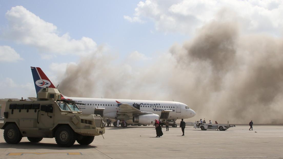 Tras varios años de guerra civil Yemen logra formar un nuevo Gobierno, pero atacan a los ministros al aterrizar en el país: ¿qué pasó?