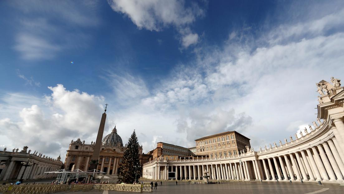 El Vaticano niega las acusaciones sobre transacciones por casi 2.000 millones de dólares a Australia