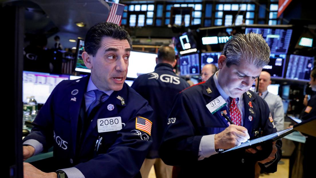 Wall Street cierra el año con los principales índices con ganancias récord