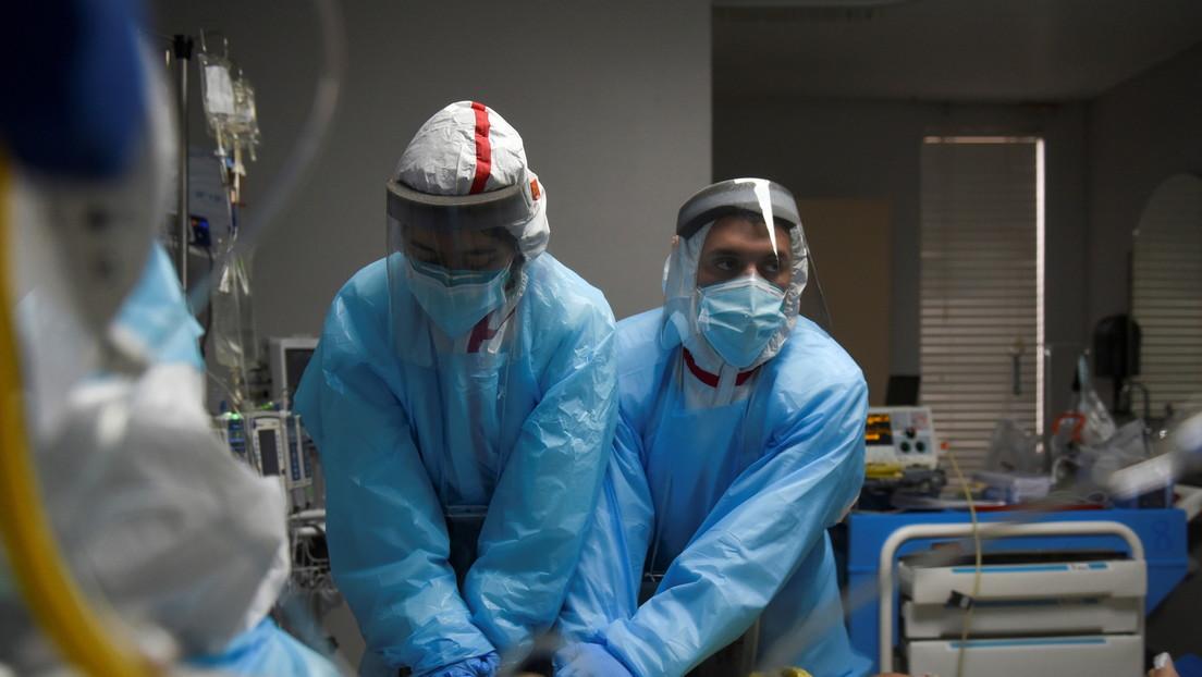 El mundo registra la mayor cifra de decesos diarios por covid-19 desde el inicio de la pandemia