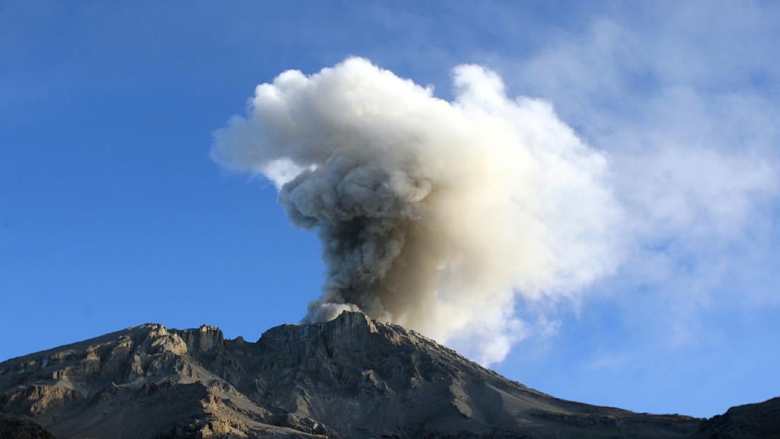 Por segundo día seguido se registra un lahar en el volcán más activo de Perú