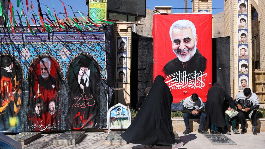 """""""No estarán a salvo en ningún lugar del mundo"""": Un funcionario iraní advierte a Trump y los vinculados al asesinato del general Soleimani"""