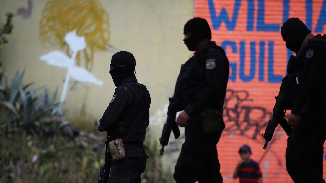 """""""Simplemente han dejado de ocurrir"""": La cifra de homicidios cae a mínimos históricos en El Salvador, sin que aún esté claro el porqué"""