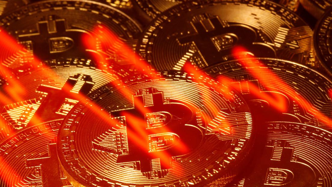 El bitcóin registra su mayor caída desde marzo tras alcanzar su máximo histórico