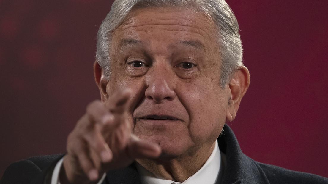 López Obrador pide a Reino Unido que libere a Julian Assange y le ofrece asilo político