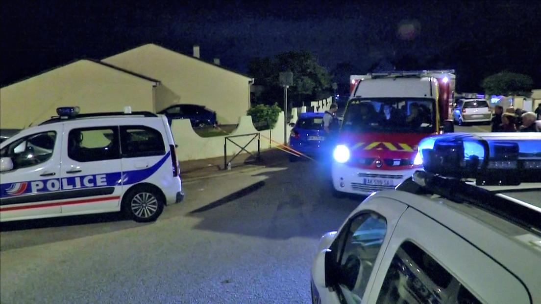 Un joven mata accidentalmente a otro en una fiesta temática de 'Peaky Blinders', tras llevar un arma como accesorio