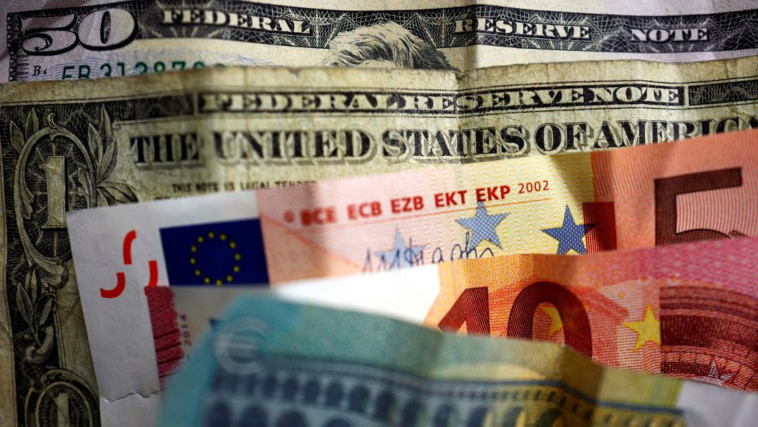 Experto explica cuál es la mejor moneda para mantener los ahorros en 2021