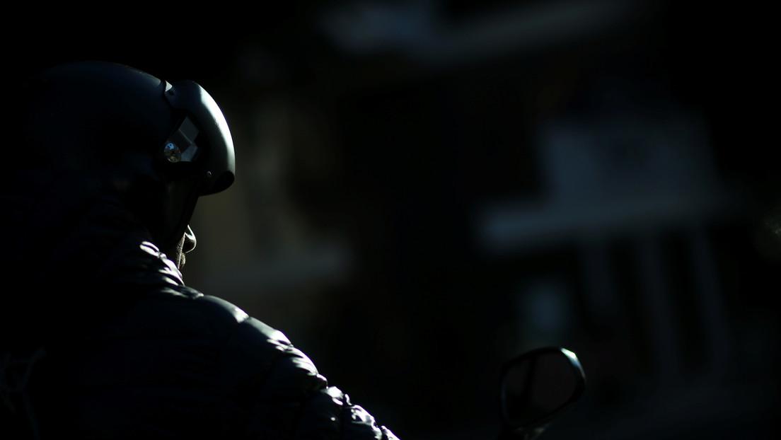 """""""Tenían fuerte olor a alcohol"""": Un polémico caso en Argentina involucra a una diputada y a su marido en el atropello de dos motociclistas"""