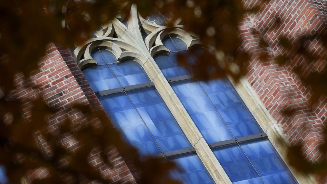 """Miembros de la Iglesia católica alemana piden a periodistas """"silencio absoluto"""" sobre un informe de abuso infantil"""