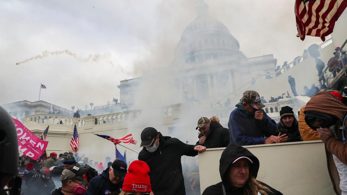 """Trump insta a los manifestantes en Washington a que """"mantengan la paz"""""""