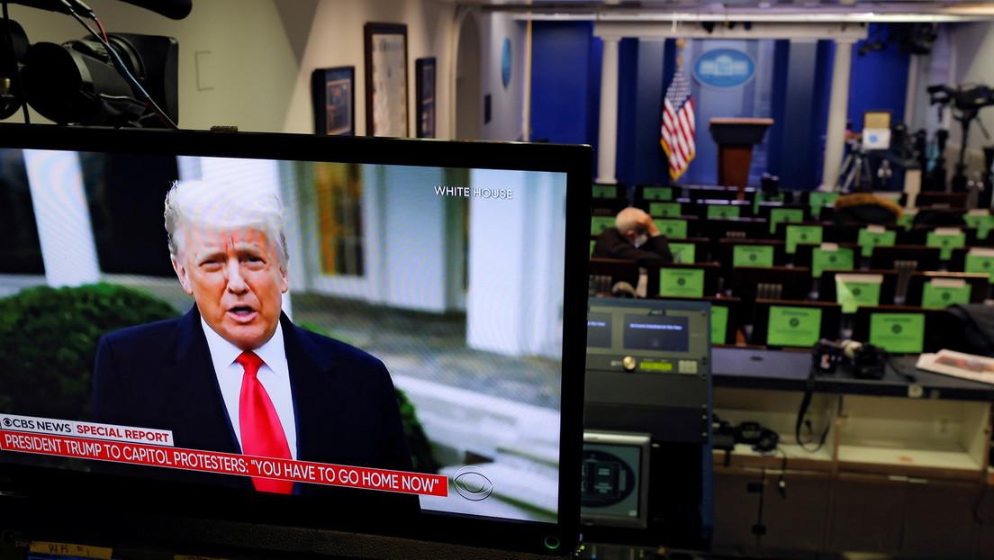 """Trump pide a sus partidarios que se """"vayan a casa"""" pero insiste en que le robaron las elecciones"""