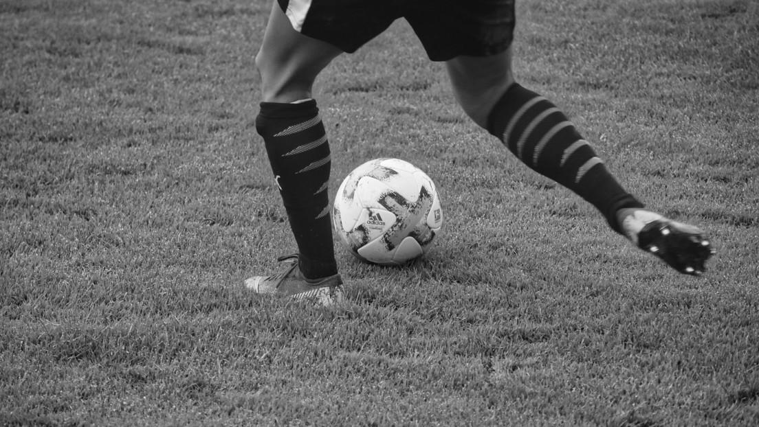 Muere el futbolista brasileño que sufrió un paro cardíaco en pleno partido